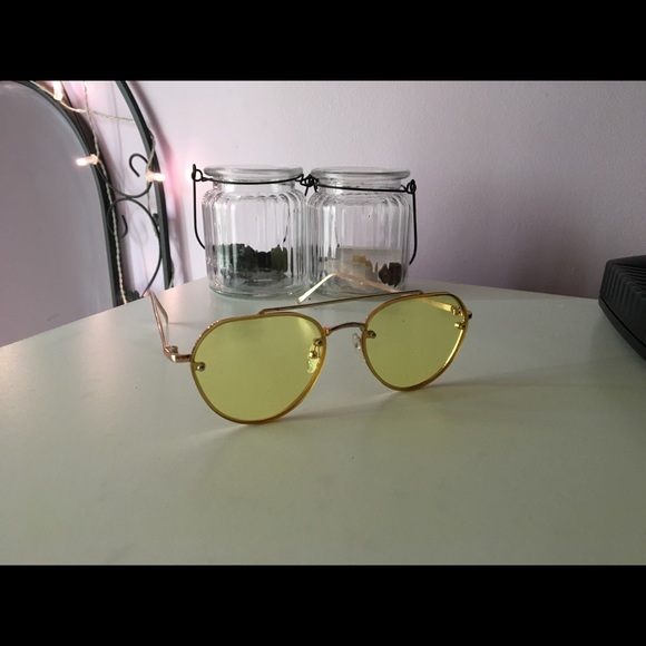 Forever 21 Accessories - Sunglasses